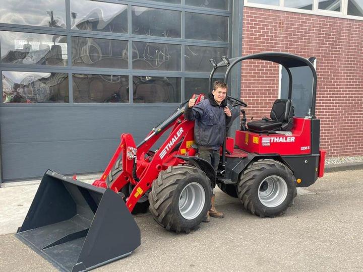 Jong gebruikte Thaler 2238S shovel afgeleverd aan Sjoerd Westra