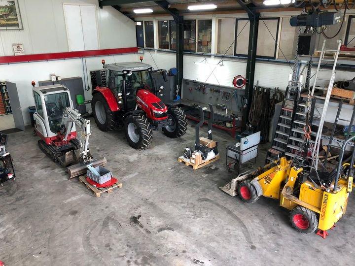 Klaar voor een nieuwe werkweek met veel opbouw van nieuwe machines